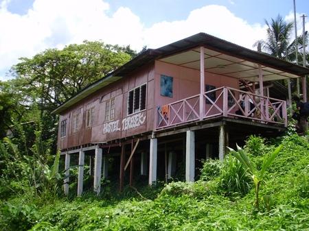 Hostel090318